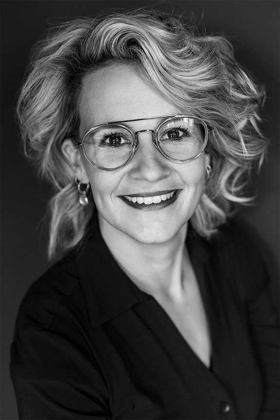 Melanie van Marle Nagelstyliste bij Lookx & more